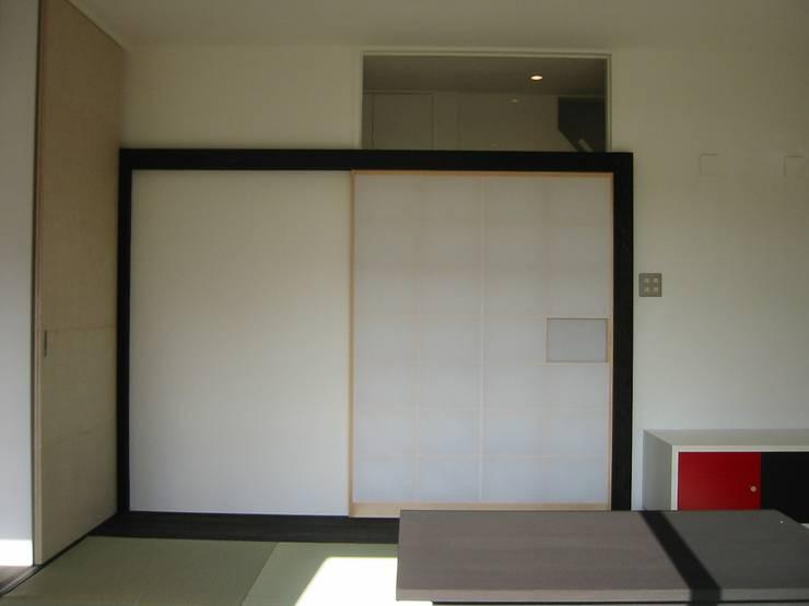 障子のフレーム: 青戸信雄建築研究所が手掛けたです。