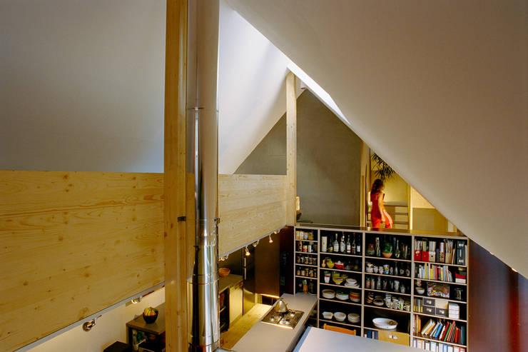modern  by allmermacke, Modern Engineered Wood Transparent