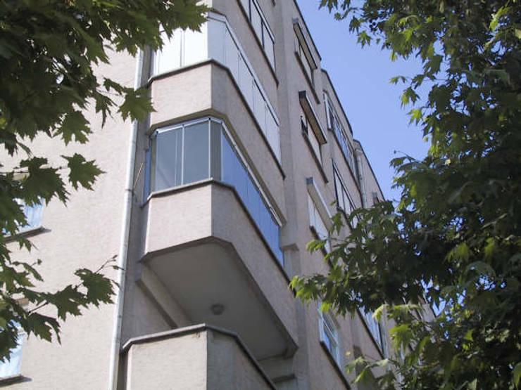 armoni yapı – Cam Balkon:  tarz Teras