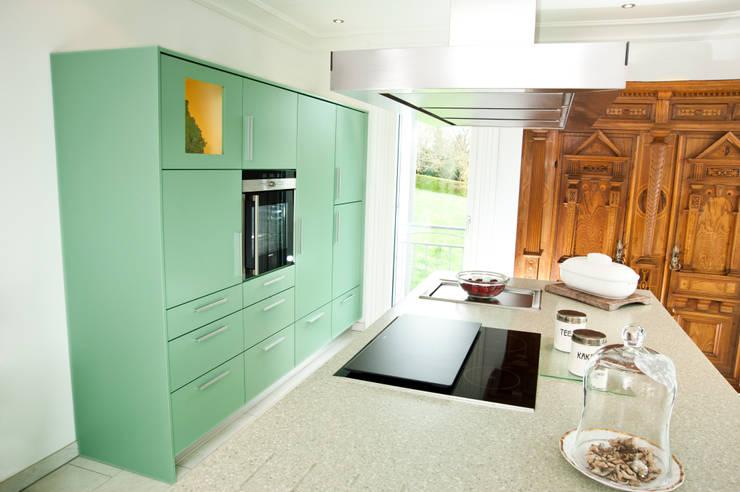 Projekty,  Kuchnia zaprojektowane przez Schreinerei Mayle