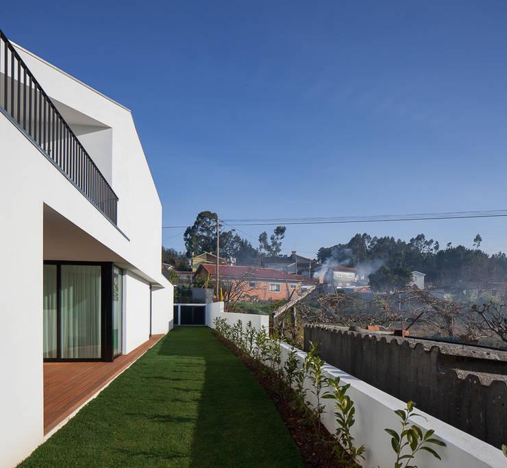 Projekty,  Domy zaprojektowane przez PEDROHENRIQUE|ARQUITETO