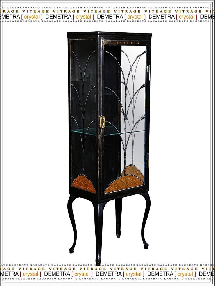Металлический шкаф - DEMETRA [crystal]: Гостиная в . Автор – KAGADATO,