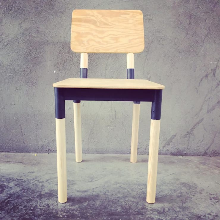 Mobiliario en madera y metal: Comedor de estilo  por Mirlo Diseño Integral