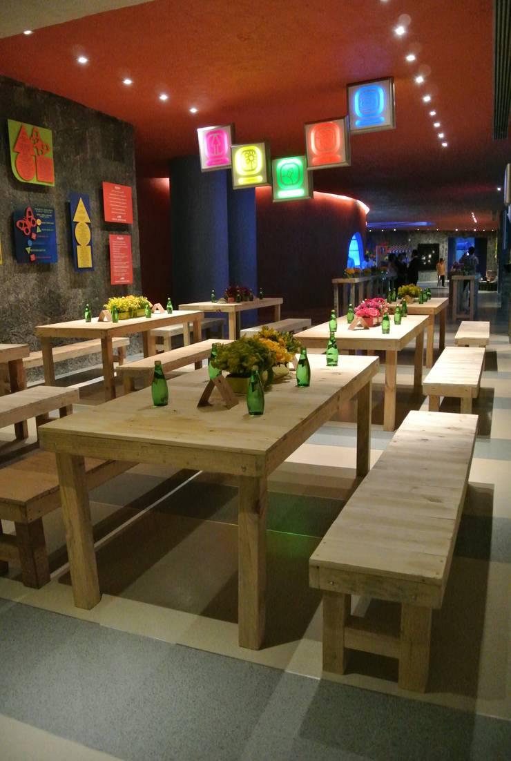 Mesas : Comedor de estilo  por d tarima