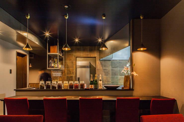 Projekty,  Kuchnia zaprojektowane przez Innovation Studio Okayama