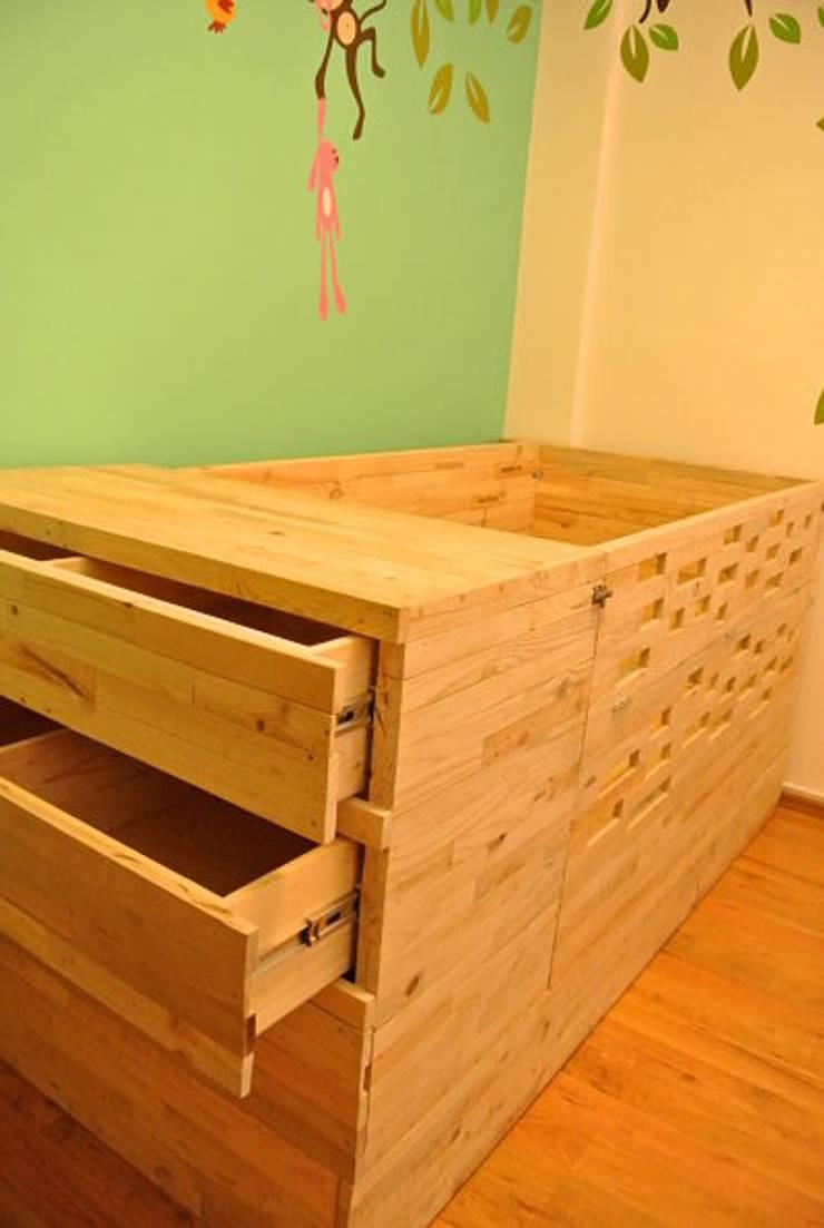 Hogar: Habitaciones infantiles de estilo  por d tarima