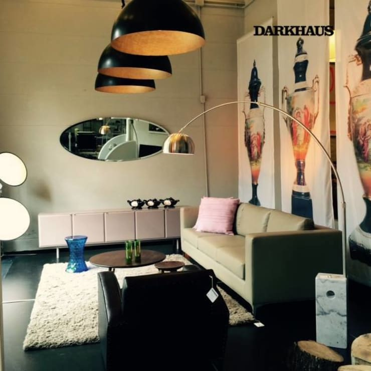 Recorriendo Darkhaus, galería de diseño Livings modernos: Ideas, imágenes y decoración de DARKHAUS Moderno