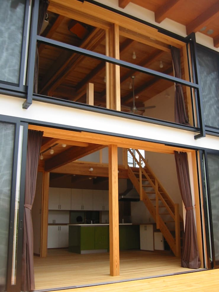 開口部詳細: 青戸信雄建築研究所が手掛けた家です。