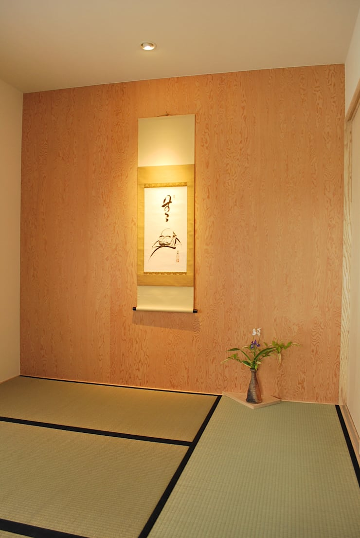 Media room by 西川真悟建築設計,