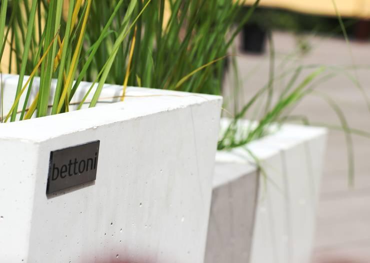 Bettoni - wysoka jakość w przystępnej cenie!: styl , w kategorii Taras zaprojektowany przez Bettoni,Nowoczesny