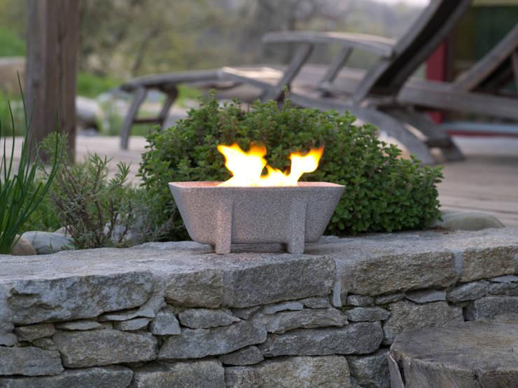 Schmelzfeuer Outdoor XL Granicium:  Garten von Denk Keramische Werkstätten