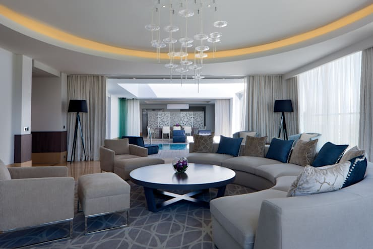 Presidential Suite Lounge:  Houses by Rethink Interiors Ltd