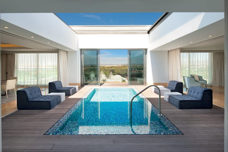 Presidential Suite Pool:  Houses by Rethink Interiors Ltd
