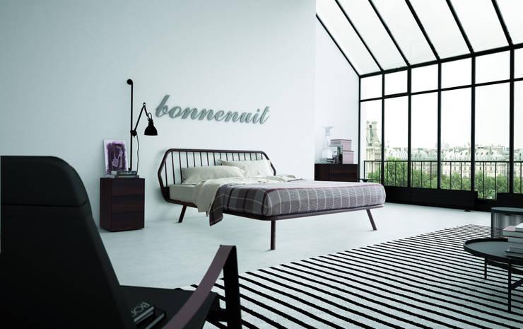 Trama: Camera da letto in stile  di PIANCA