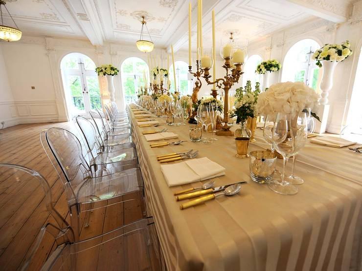Sala de jantar  por Contract Bardini Collection