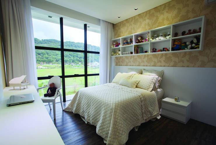ZAAV-Casa-Interiores-1233 Quarto infantil minimalista por ZAAV Arquitetura Minimalista
