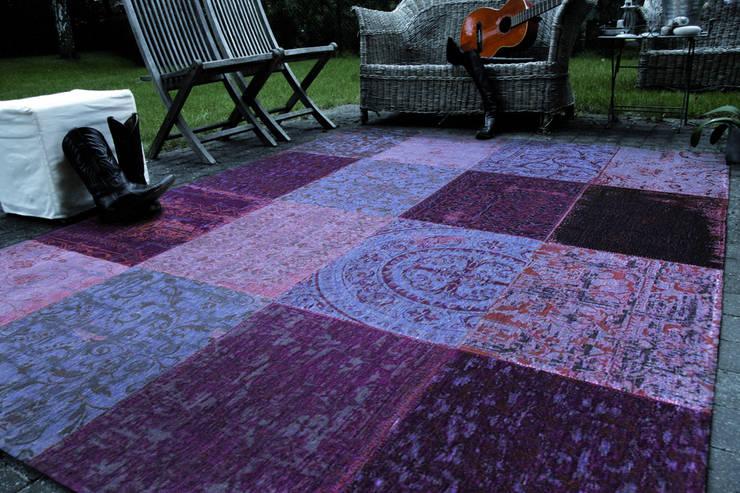 Patchwork - Pale Purple 8008 - Interior:  Muren & vloeren door louis de poortere