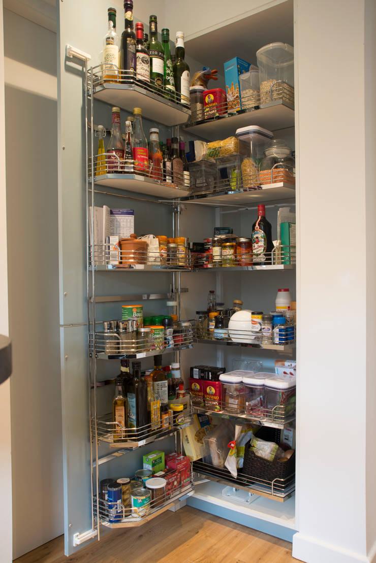 MS HEYS' KITCHEN:  Kitchen by Diane Berry Kitchens
