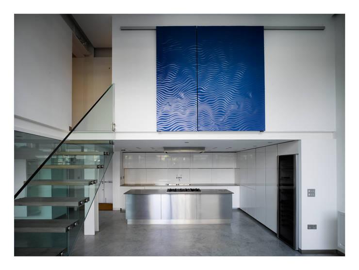 Chiswick Green Studios - Kitchen:  Kitchen by Syte Architects
