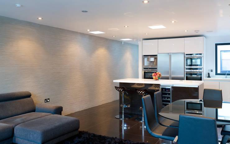 Hertford Road - kitchen interior:  Kitchen by Syte Architects