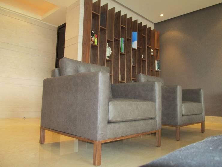 sala : Salas de estilo  por ARTTRE FURNITURE DESIGN