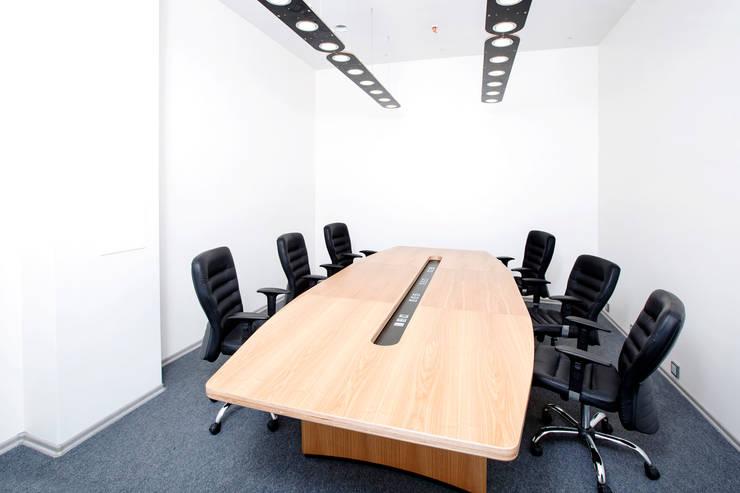 50 оттенков белого: Офисные помещения в . Автор – Concrete jungle