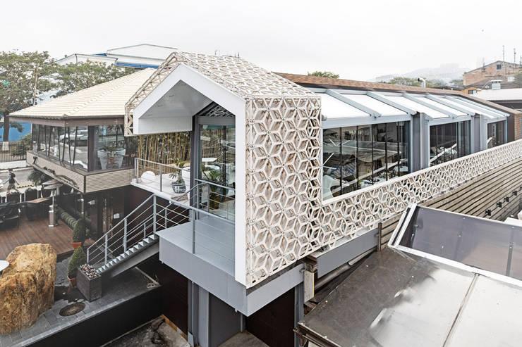 Concrete jungle의  주택