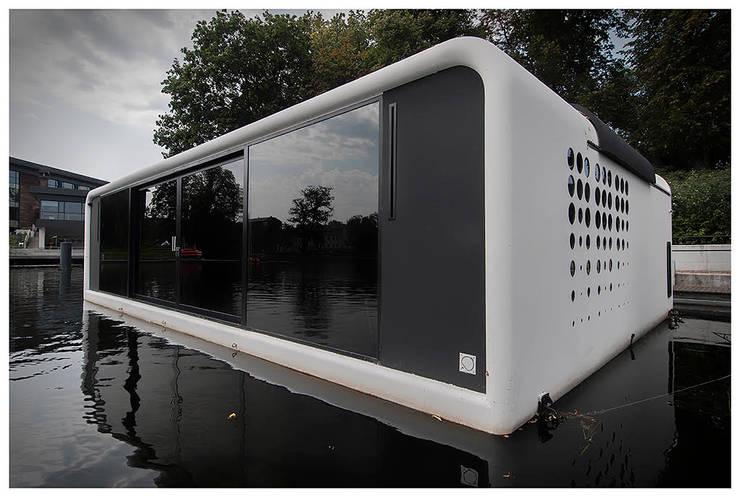 Domy na wodzie : styl , w kategorii Domy zaprojektowany przez floatinghouses