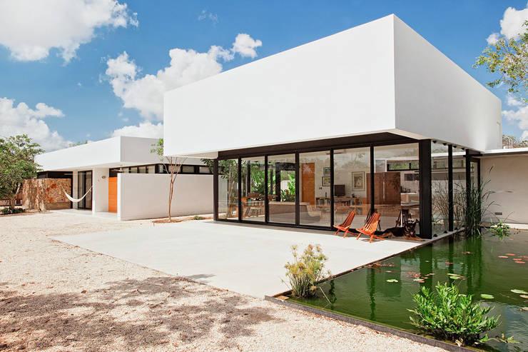 CASA GERSHENSON Casas modernas de Gonzalez Amaro Moderno
