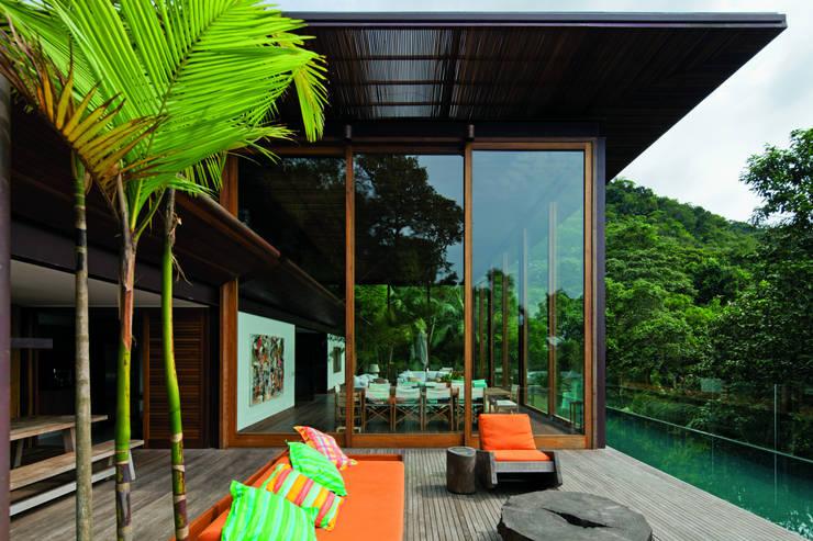 01: Casas  por Jacobsen Arquitetura