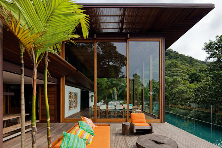 Casas de estilo  por Jacobsen Arquitetura