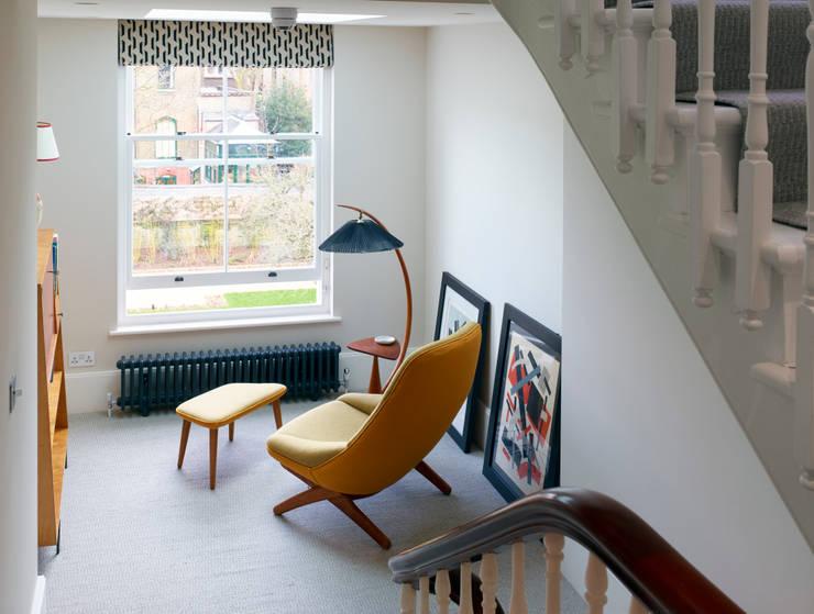 Aberdeen Park:  Corridor & hallway by ReDesign London Ltd