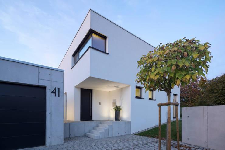 Casas de estilo  por Schiller Architektur BDA