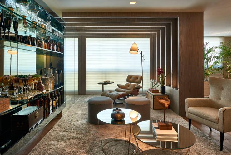 Apartamento LJ: Salas de estar  por Gláucia Britto,Moderno