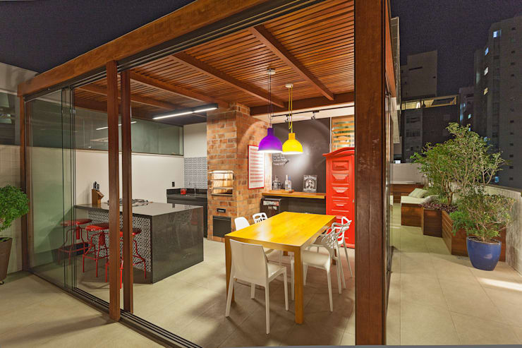 Terrace by Amis Arquitetura & Design