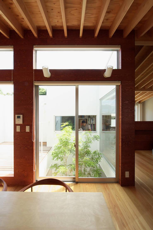 Garden by 萩原健治建築研究所, Minimalist