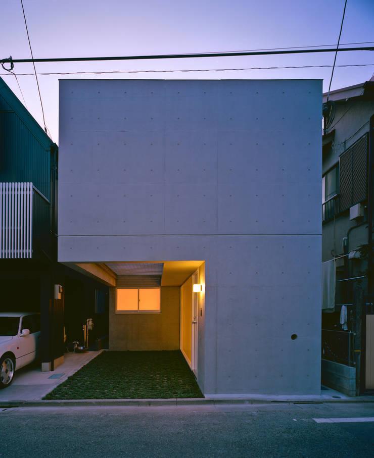 品川の住宅: 宮崎仁志建築設計事務所が手掛けた家です。,モダン