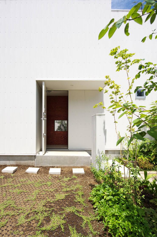 Häuser von 萩原健治建築研究所, Minimalistisch
