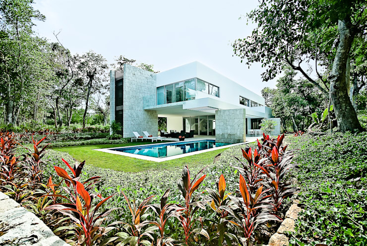 Giardino in stile  di Enrique Cabrera Arquitecto