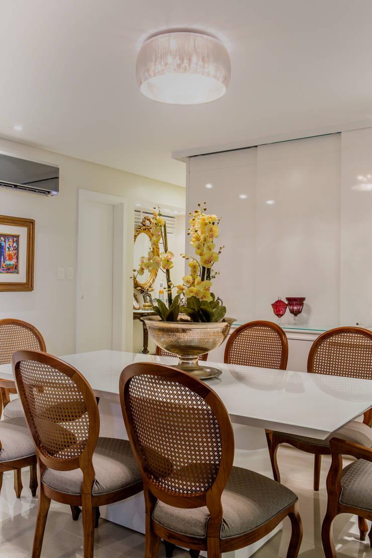 Sala de Jantar : Salas de jantar  por Bruno Sgrillo Arquitetura