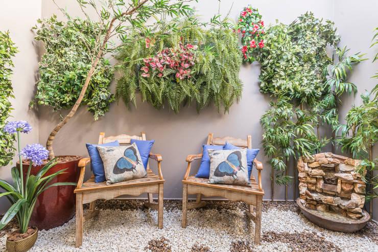Interior landscaping تنفيذ Lo. interiores