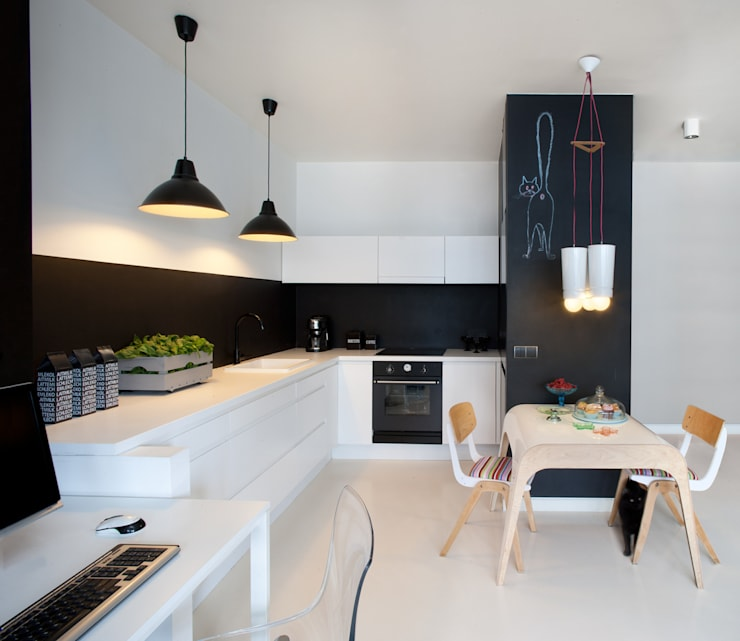 Kitchen by Sic! Zuzanna Dziurawiec, Scandinavian