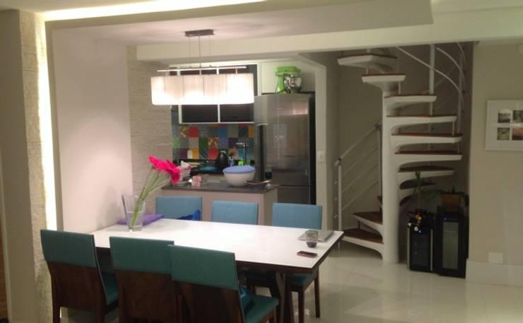 Sala de Jantar Salas de jantar modernas por Vitor Dias Arquitetura Moderno