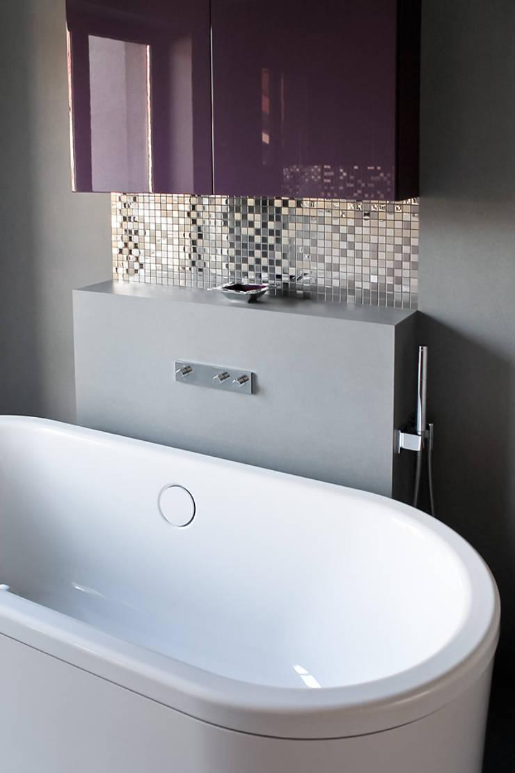 Salon kąpielowy: styl , w kategorii Łazienka zaprojektowany przez t,