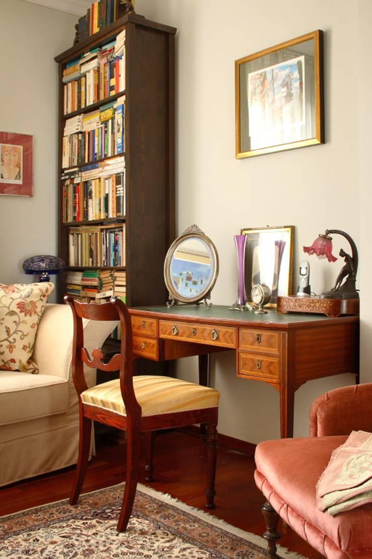 Apartament – Warszawa: styl , w kategorii Domowe biuro i gabinet zaprojektowany przez t