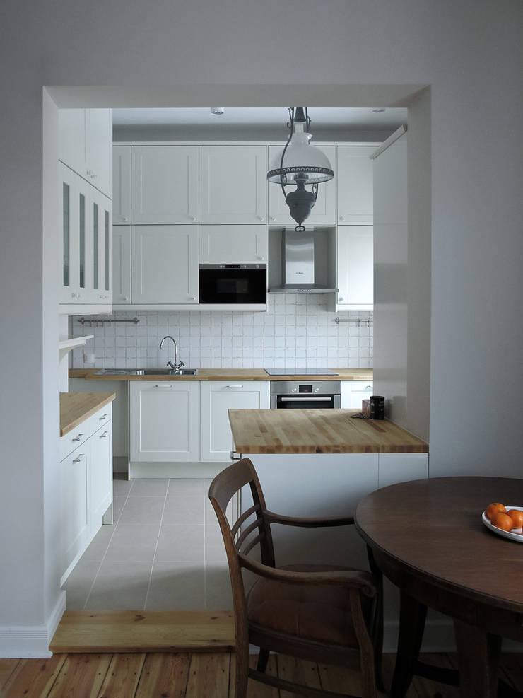 Apartament – Sopot: styl , w kategorii Kuchnia zaprojektowany przez t