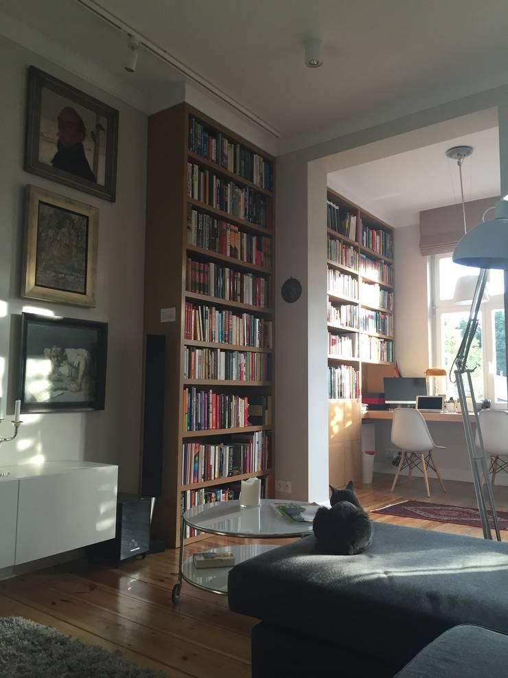 Apartament – Sopot: styl , w kategorii Domowe biuro i gabinet zaprojektowany przez t