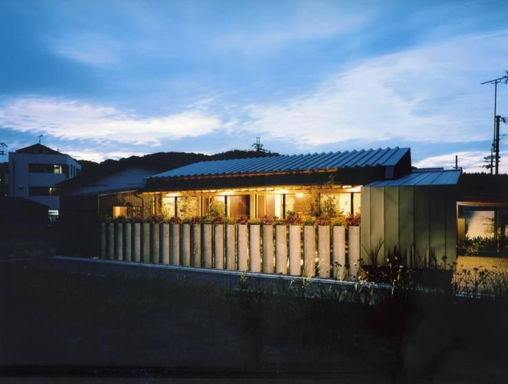 和歌山の家: Y's建築工房 一級建築士事務所が手掛けた家です。
