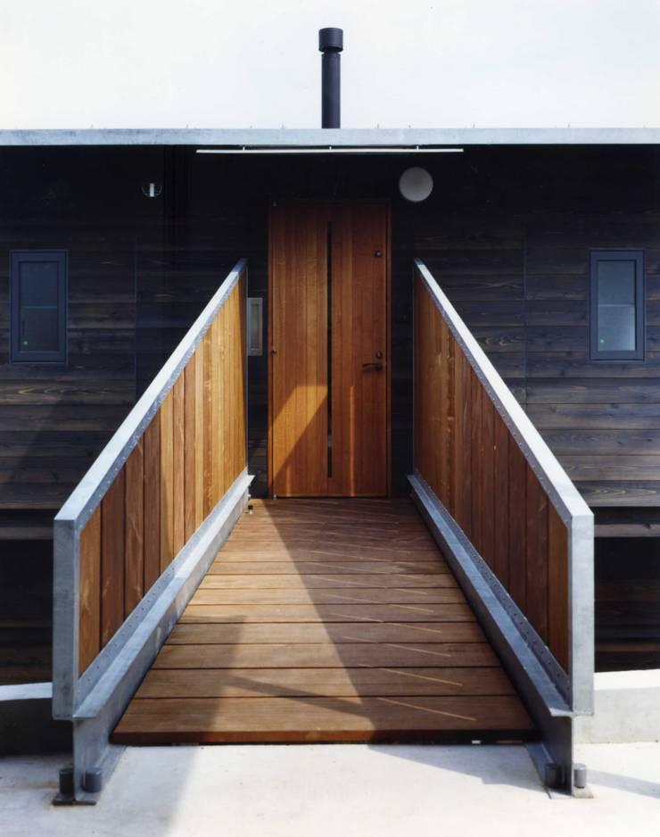 津の家: Y's建築工房 一級建築士事務所が手掛けた家です。