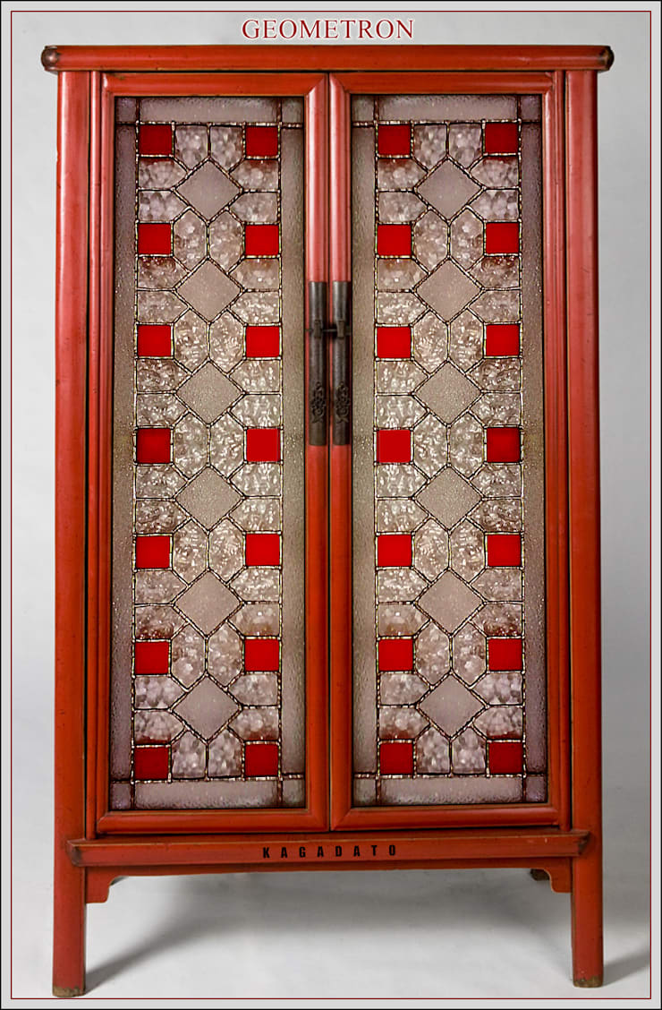 Мебель. Витраж - GEOMETRON: Прихожая, коридор и лестницы в . Автор – KAGADATO